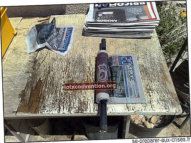Il compattatore per ceppi di carta per il riscaldamento gratuito.