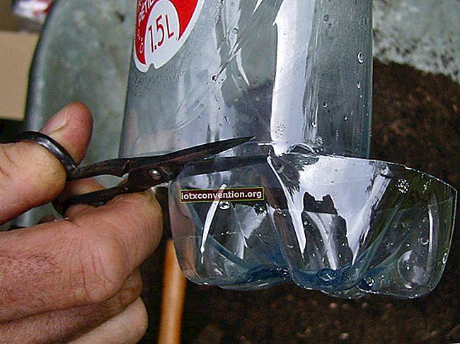 En grillbälg tillverkad med 2 plastflaskor.