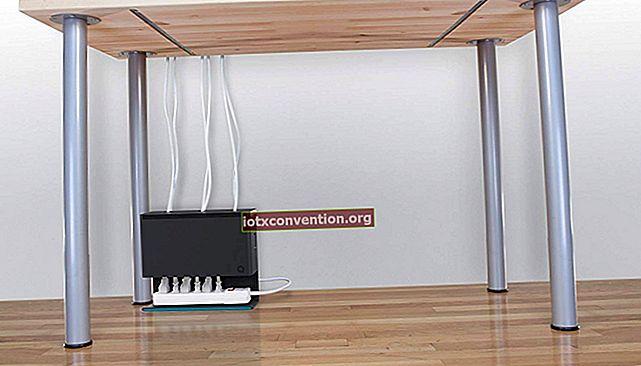 Archiviazione ingegnosa per cavi di computer.