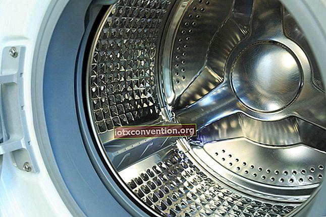 I 6 consigli per una pulizia completa della lavatrice.