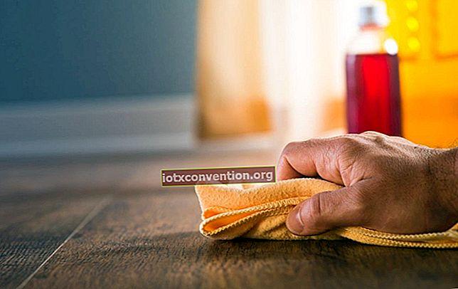 Det ekonomiska tricket att rengöra trämöbler naturligt.