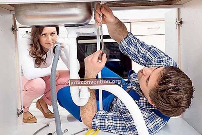 Come pulire il tuo forno SENZA usare prodotti chimici.