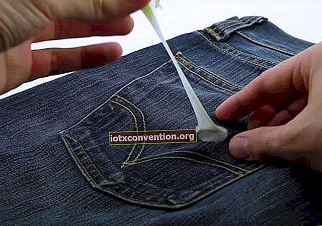 Bagaimana Cara Menghapus Permen Karet dari Pakaian?