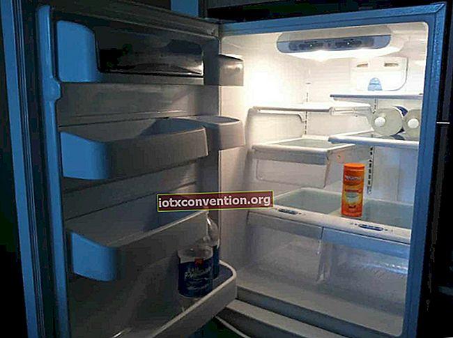 Vendita di frigorifero? Come pulirlo da cima a fondo con bicarbonato di sodio.