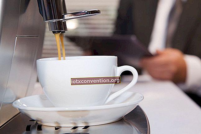 Come rimuovere il calcare dalla macchina del caffè con l'aceto bianco.