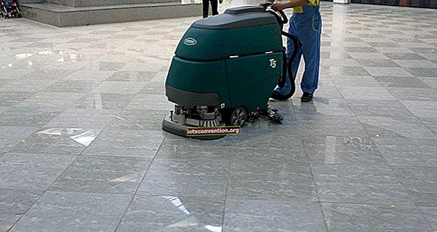 Come pulire i pavimenti in laminato come un professionista (senza lasciare tracce).