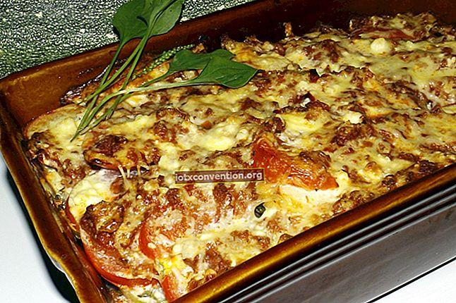 La ricetta facile ed economica per la moussaka tradizionale.