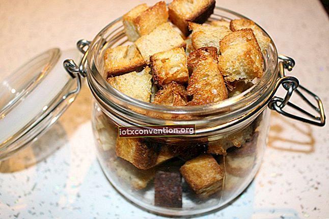 Das einfache hausgemachte Knoblauch-Croutons-Rezept von ULTRA.