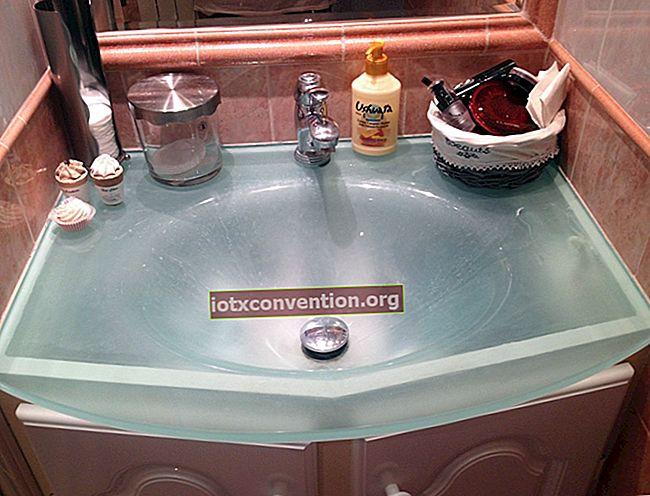 Il mio sprinkler magico per una pulizia efficiente della cucina e del bagno.