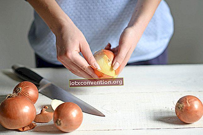 Werfen Sie Ihre Gemüseschalen nicht mehr weg! Das Easy Zero Waste Chip Rezept.