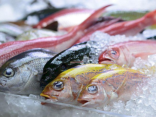 Il trucco miracoloso per evitare cattivi odori di pesce durante la cottura.