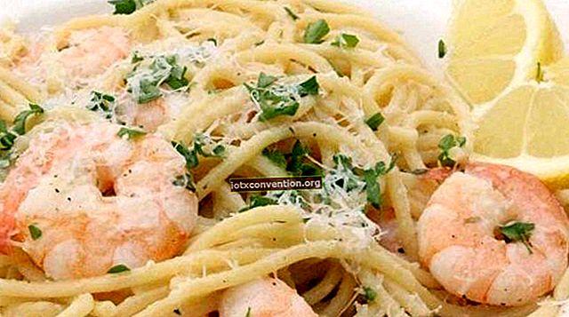 La deliziosa ricetta per gamberetti con aglio, miele e limone (pronta in 10 minuti).