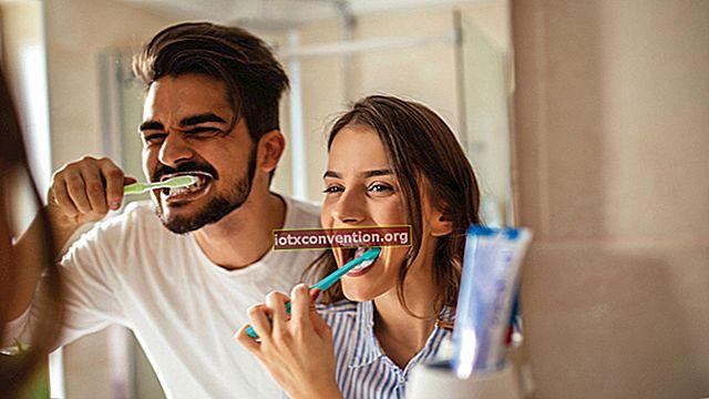 아름다운 건강한 치아를위한 잠자리의 마지막 단계.