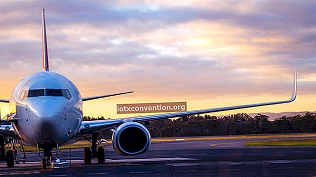 5 consigli SEGRETI per pagare i tuoi biglietti aerei PIÙ ECONOMICO.