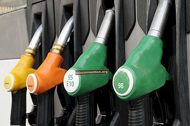 Come sapere su quale lato della macchina si trova il serbatoio del carburante.