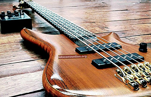 Cara Belajar Gitar Sendiri Secara Gratis. Tips Pro Saya.